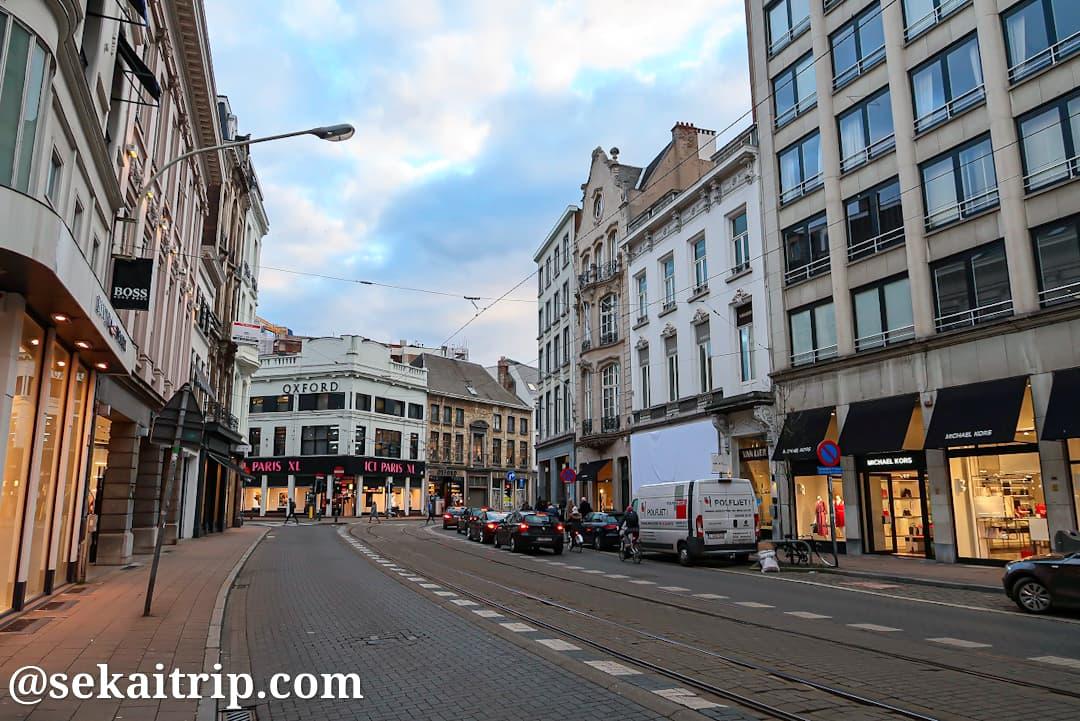 ハイデフェッタース通り(Huidevettersstraat)