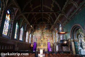 聖血礼拝堂(Basiliek van het Heilig Bloed)の内部