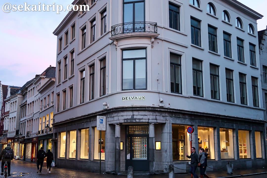ブライデル通り(Breidelstraat)のデルヴォー
