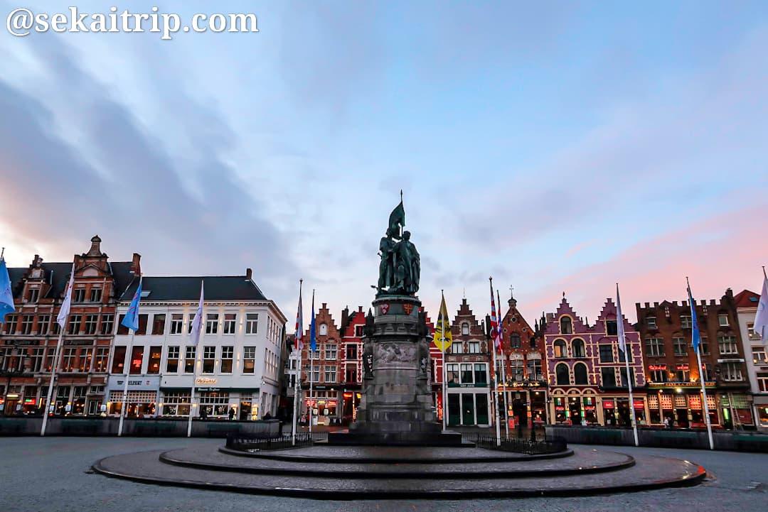 ブルージュのマルクト(Markt)広場
