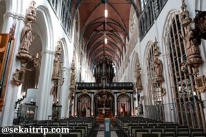 ブルージュの聖母教会(Onze-Lieve-Vrouwekerk)の内部