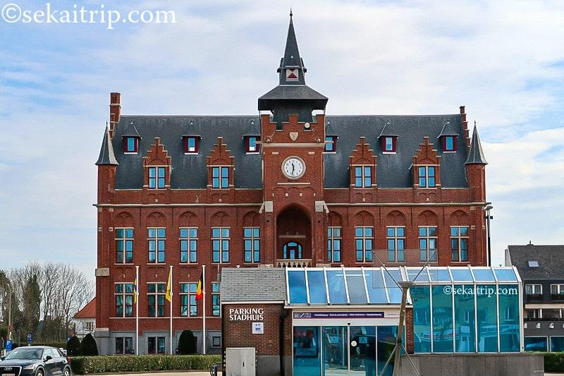 クノック・ヘイスト市庁舎(Stadhuis van Knokke-Heist)