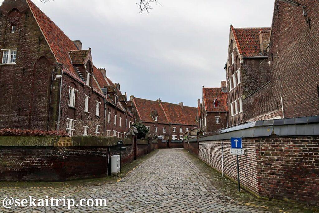 シント=アマンズベルフ・ベギン会修道院(Groot Begijnhof Sint-Amandsberg)