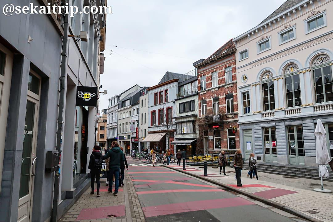 ワルポールト通り(Walpoortstraat)