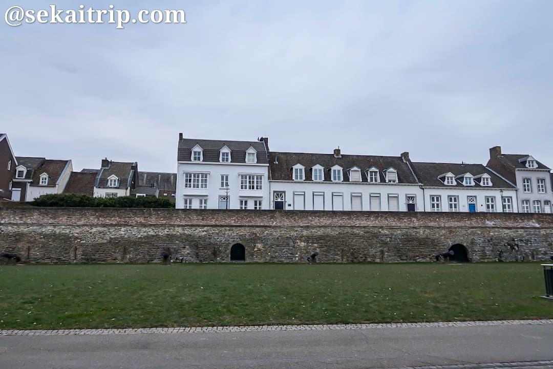 中世に築かれた城壁(マーストリヒト)