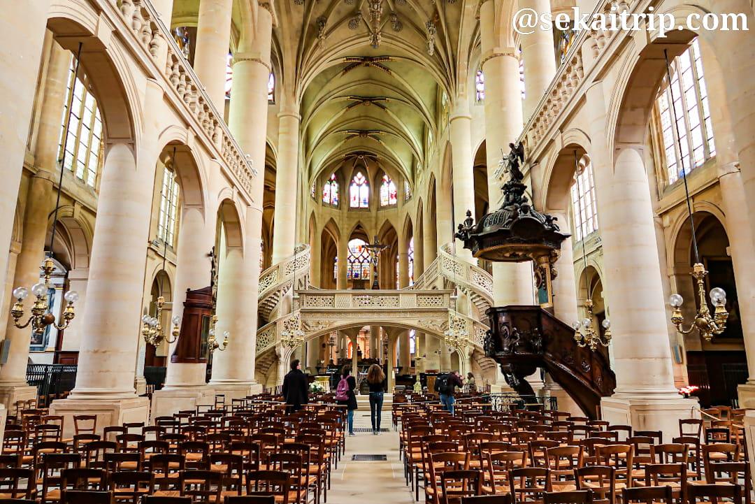 サンテティエンヌ・デュ・モン教会(Église Saint-Étienne-du-Mont)の内部