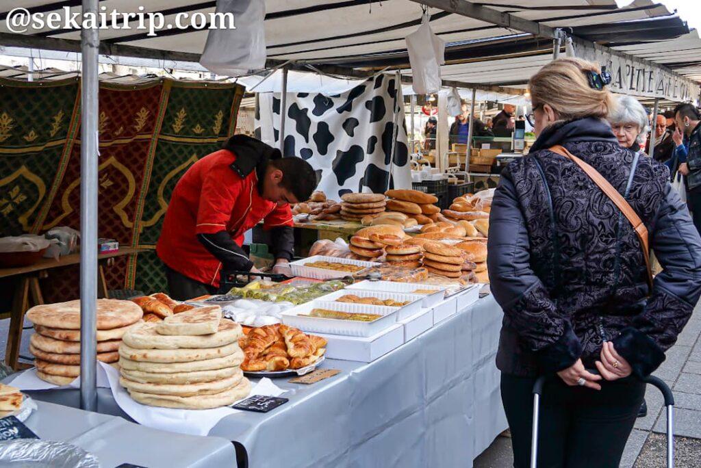 バスティーユ市場(Marché Bastille)のパン屋さん