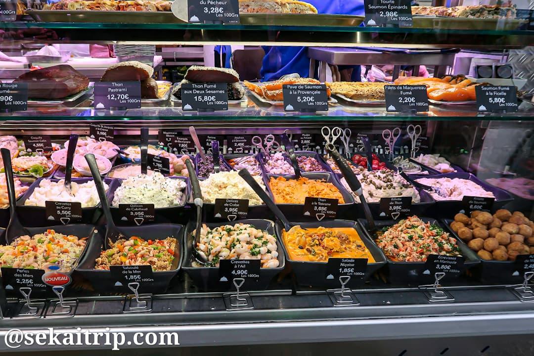 ボーヴォー市場(Marché Beauvau)で販売されていた惣菜
