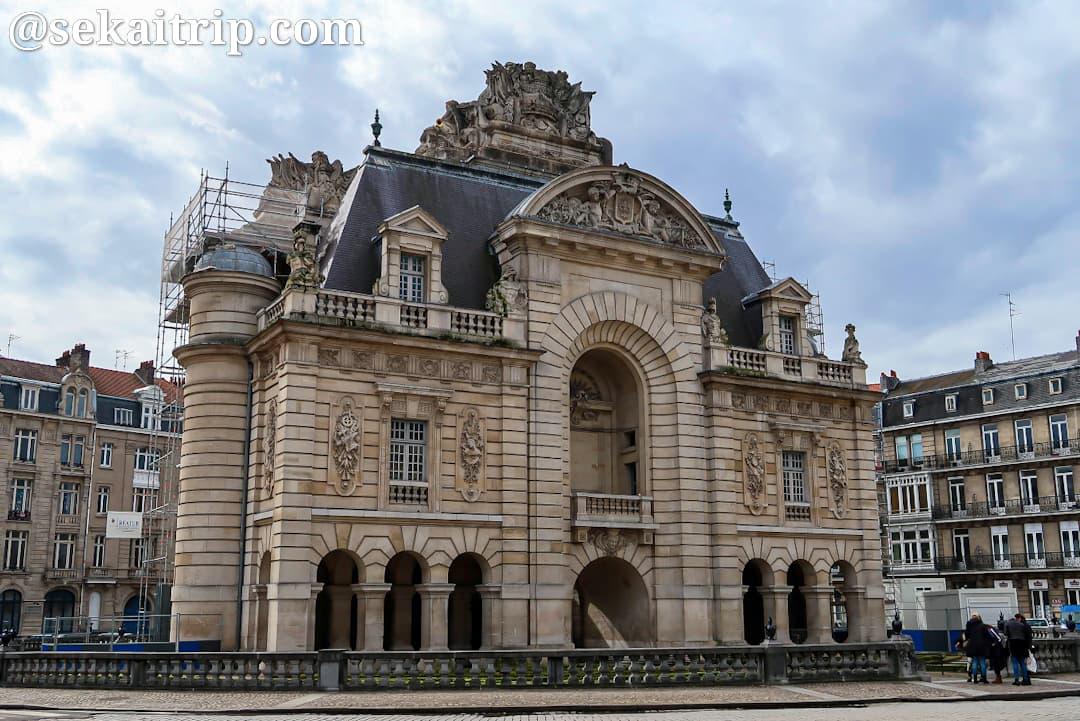 パリ門(Porte de Paris)