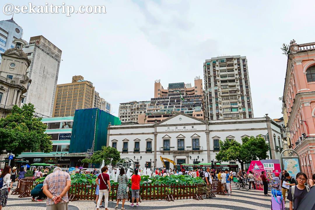 セナド広場(民政総署側)