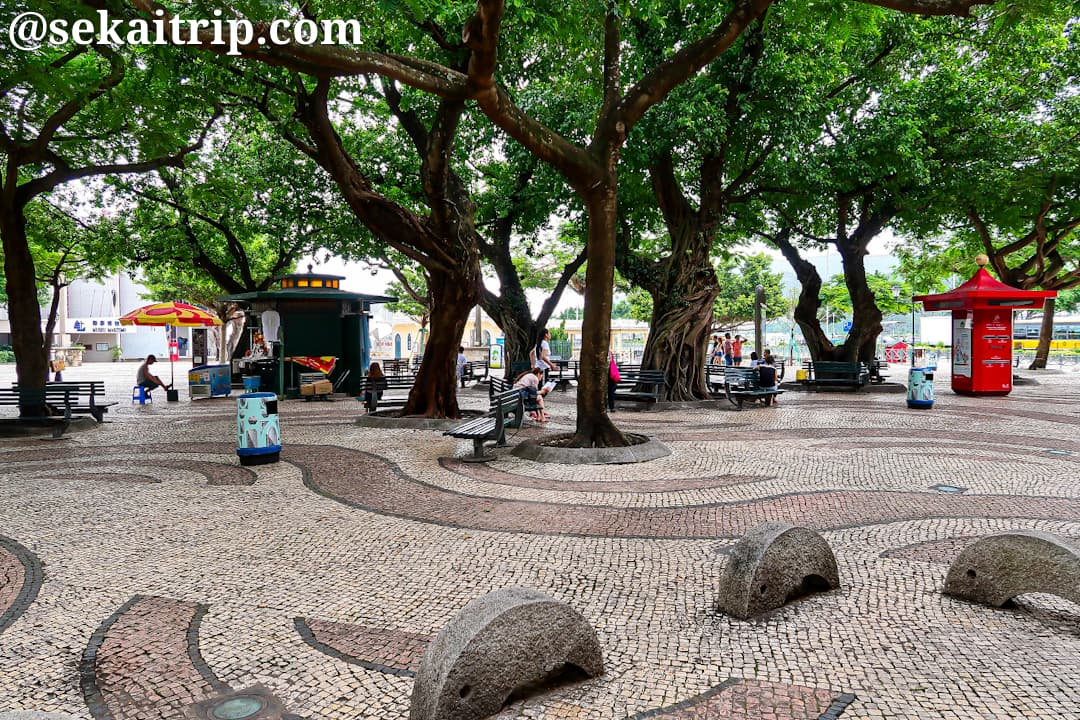バラ広場(Largo do Pagode da Barra)