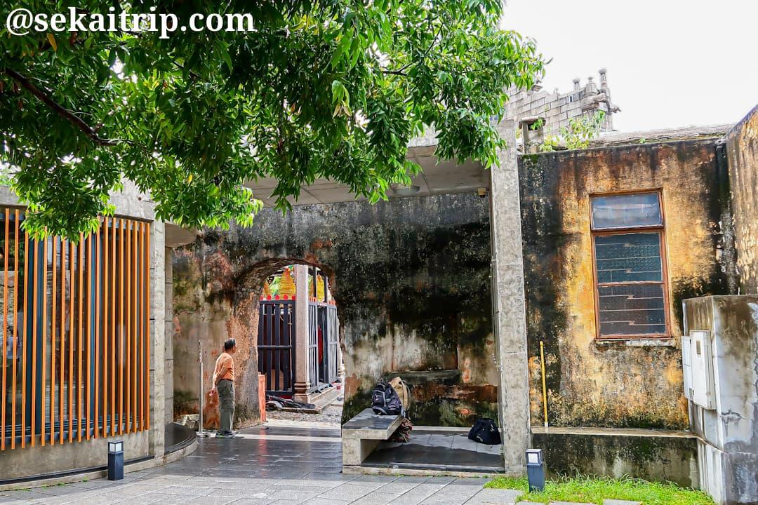 旧城壁(Troço das Antigas Muralhas de Defesa)