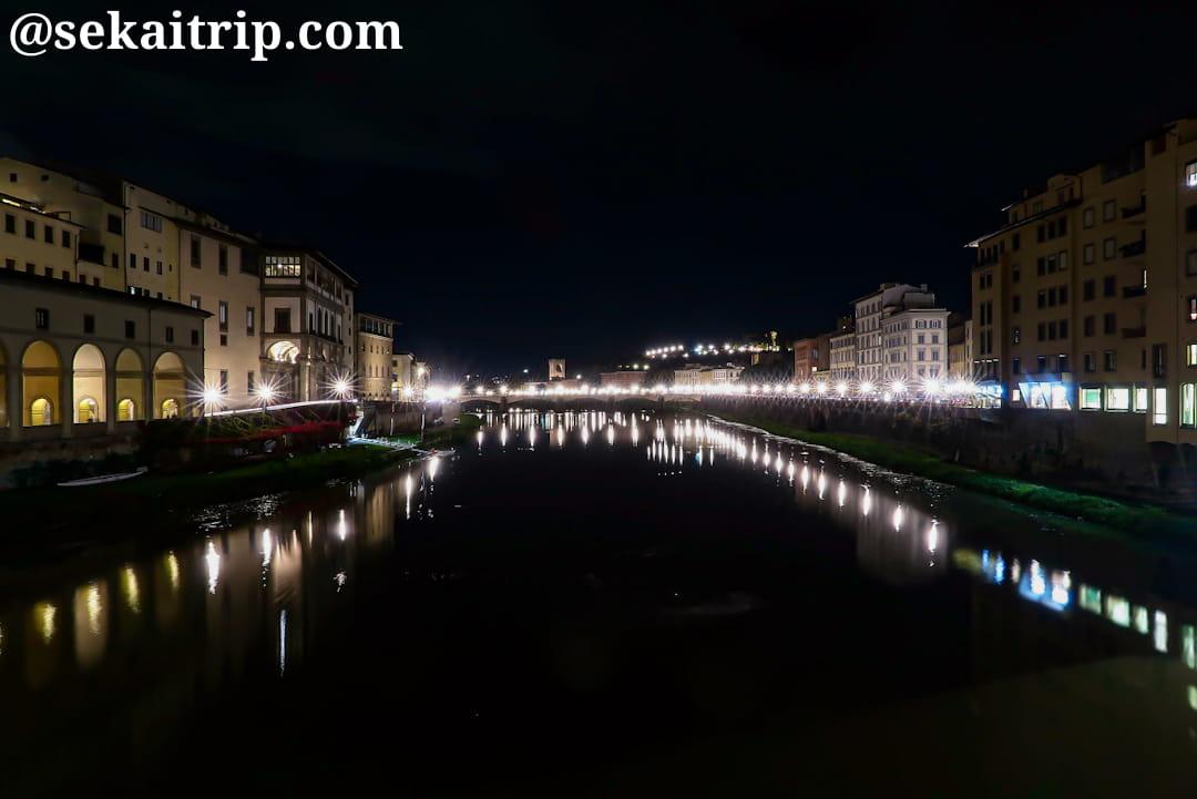 グラツィエ橋(Ponte alle Grazie)側の夜景