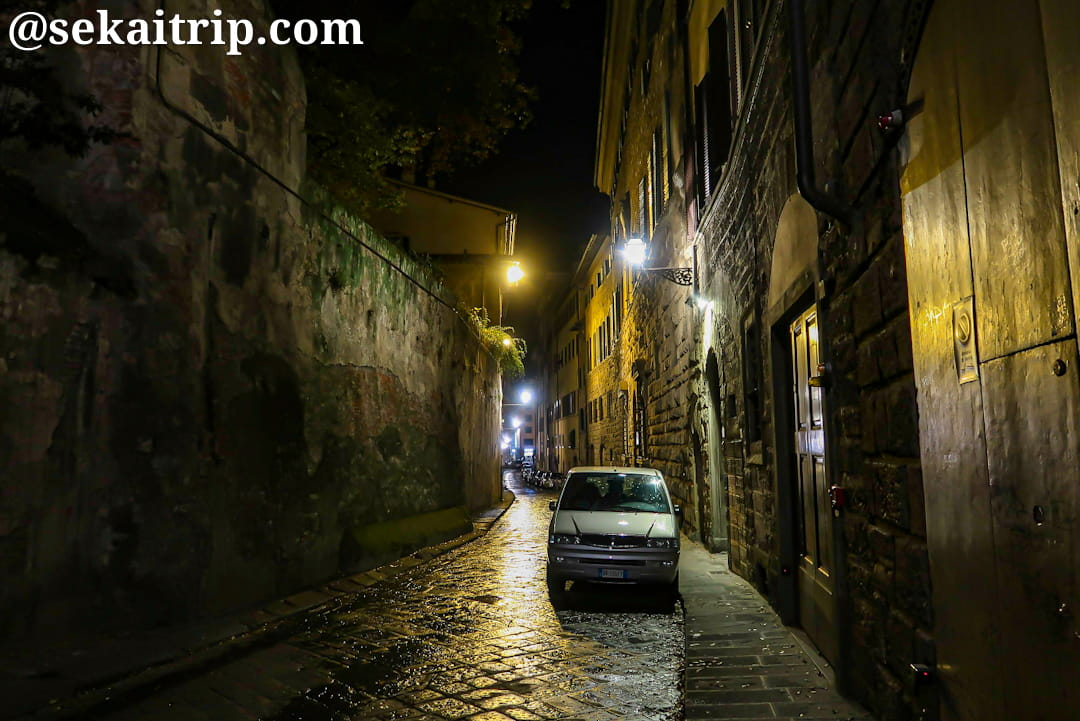 夜のバルディ通り(Via de' Bardi)
