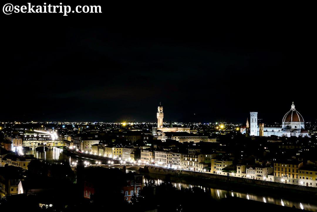 ミケランジェロ広場から見た夜景(フィレンツェ中心部)