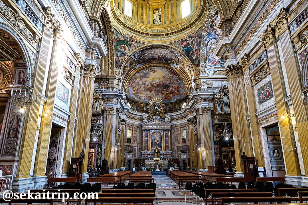 ジェズ教会(Chiesa del Gesù)の内部