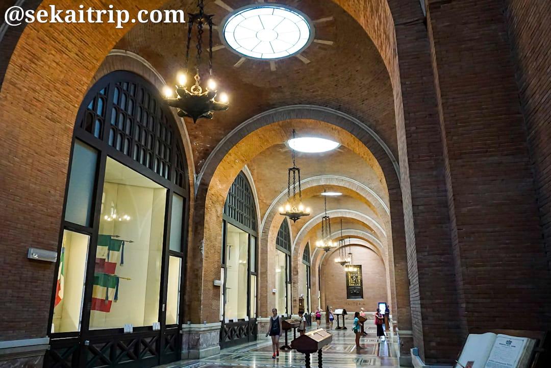 ヴィットーリオ・エマヌエーレ2世記念堂の内部