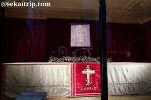 サン・ジョヴァンニ・バッティスタ大聖堂にある聖骸布のレプリカ