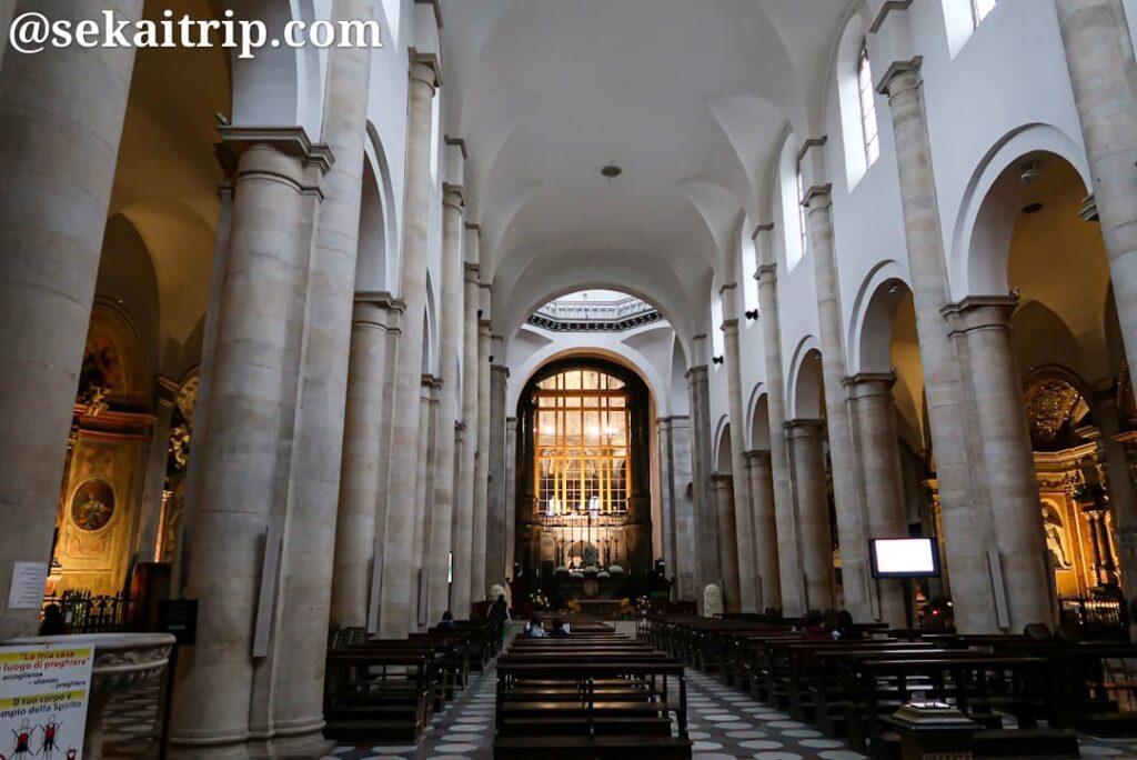 サン・ジョヴァンニ・バッティスタ大聖堂の内部