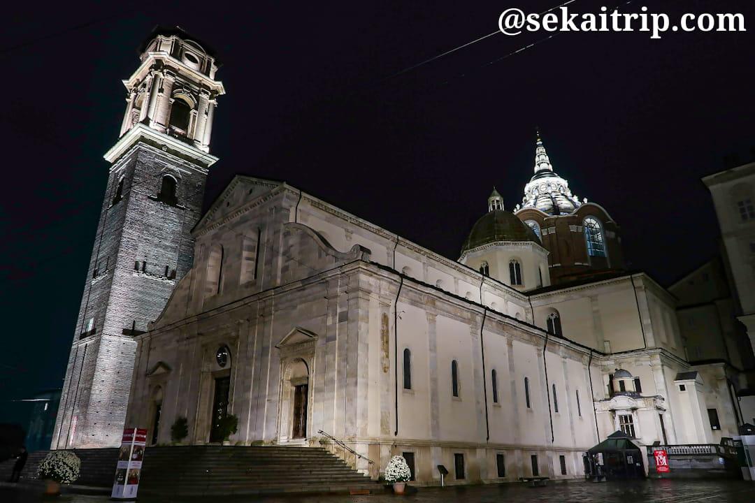 22時過ぎに撮影したサン・ジョヴァンニ・バッティスタ大聖堂