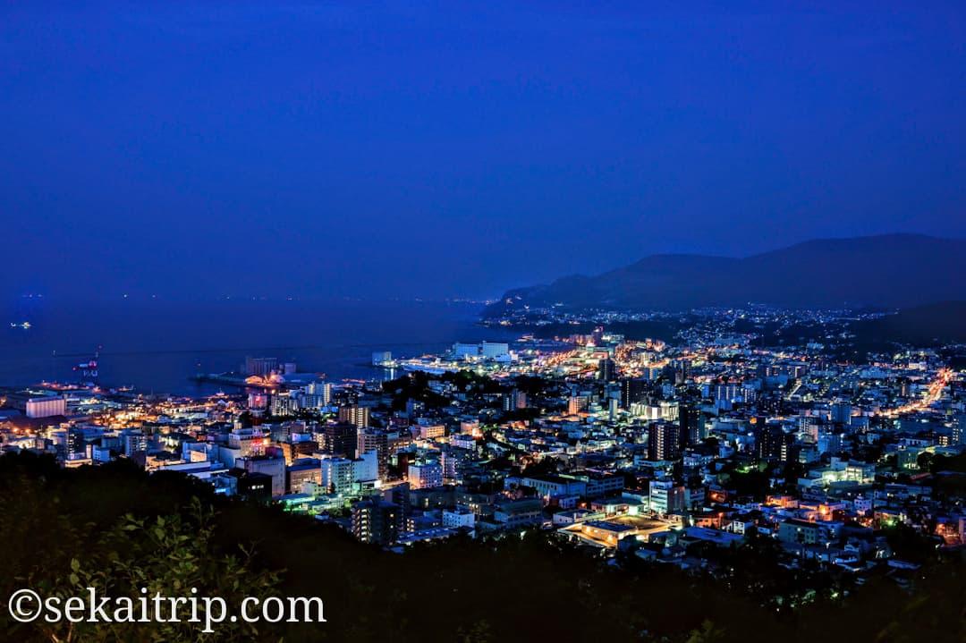 小樽の旭展望台から撮影した夜景