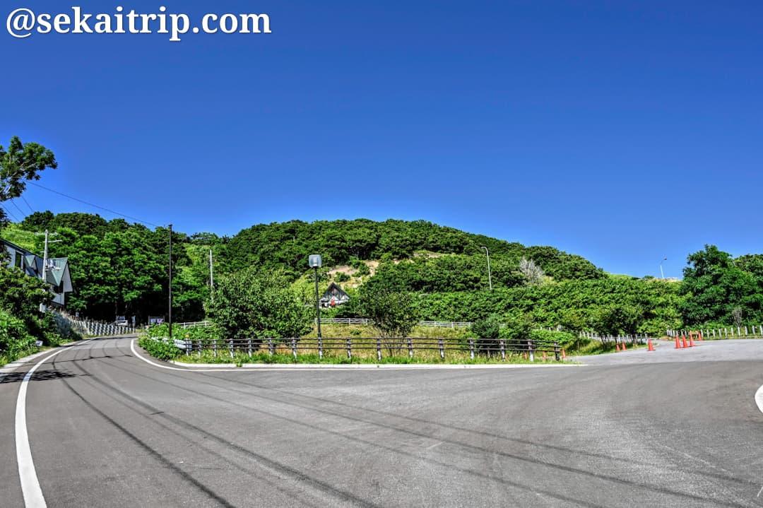 島武意海岸の駐車場付近