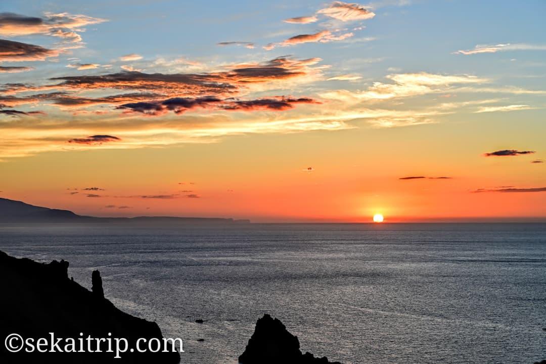 祝津パノラマ展望台から見た夕日(アップ)